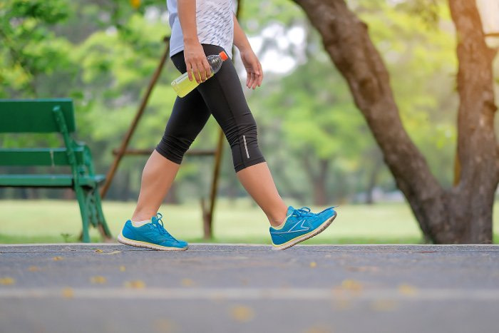 will walking an hour help lose weight